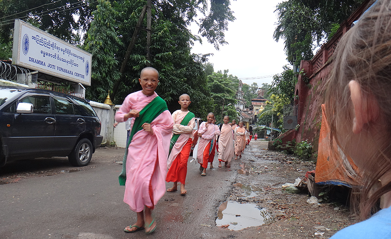 PB_25062013_monks_dhammajoti.jpg